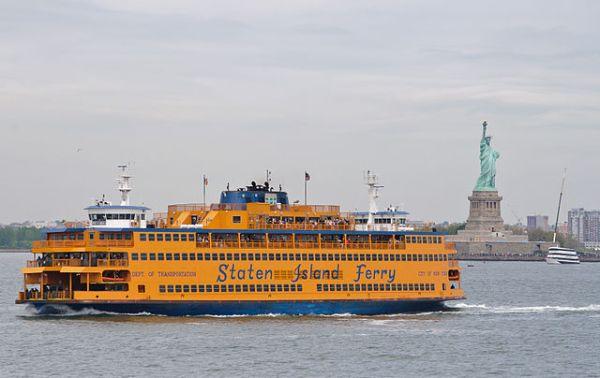 640px-Spirit_of_America_-_Staten_Island_Ferry